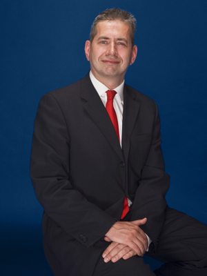 Roland Russell - Consultant Orthopaedic Surgeon